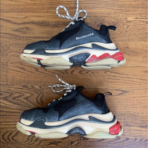 $895 Balenciaga Triple S Sneakers Grey Fluorescent Mens